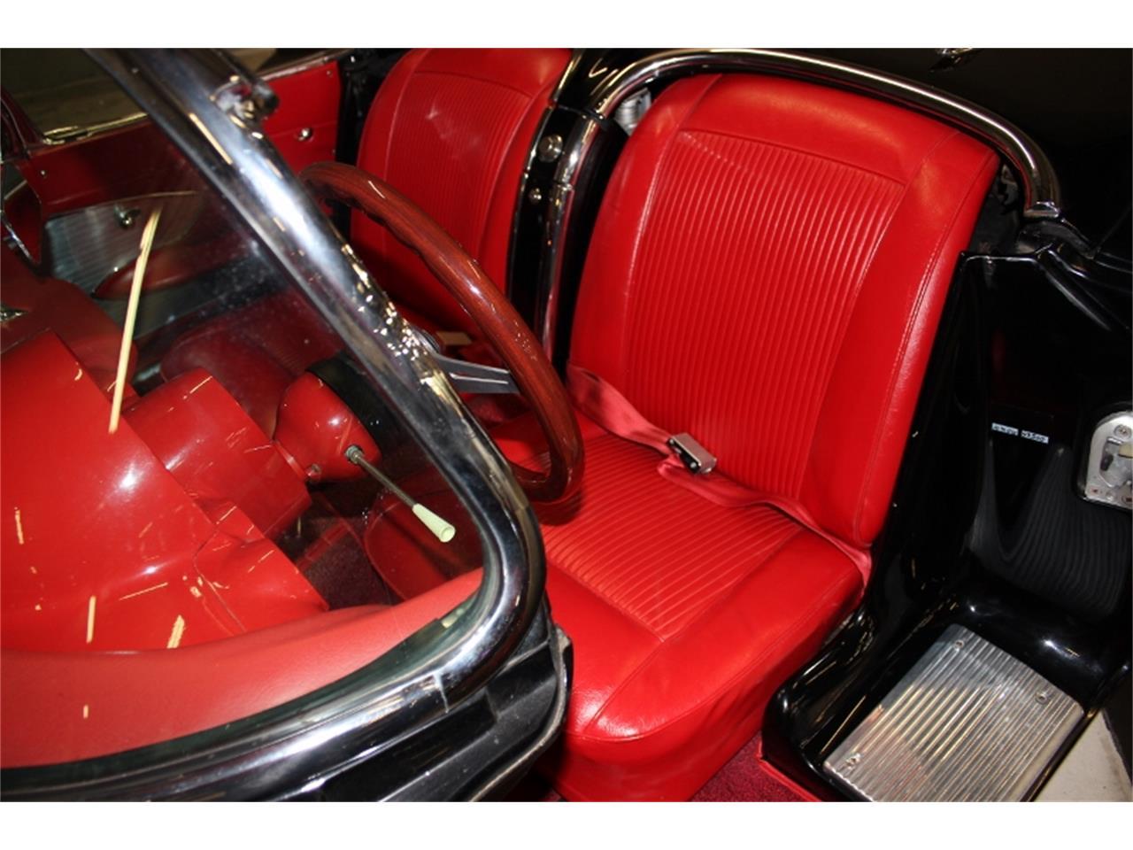 Large Picture of Classic '61 Chevrolet Corvette - KT5Z