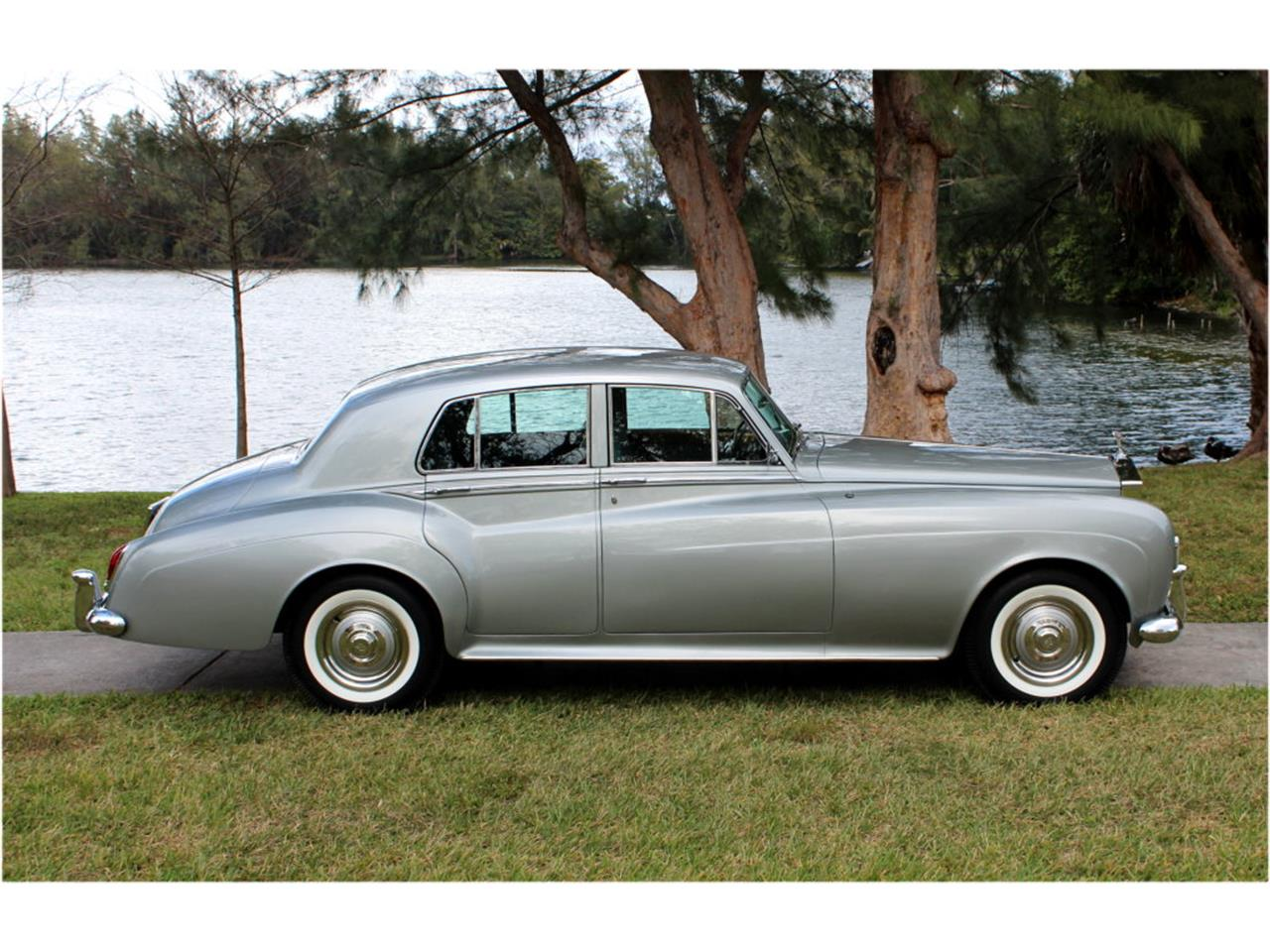 Large Picture of '65 Silver Cloud III - KZN1