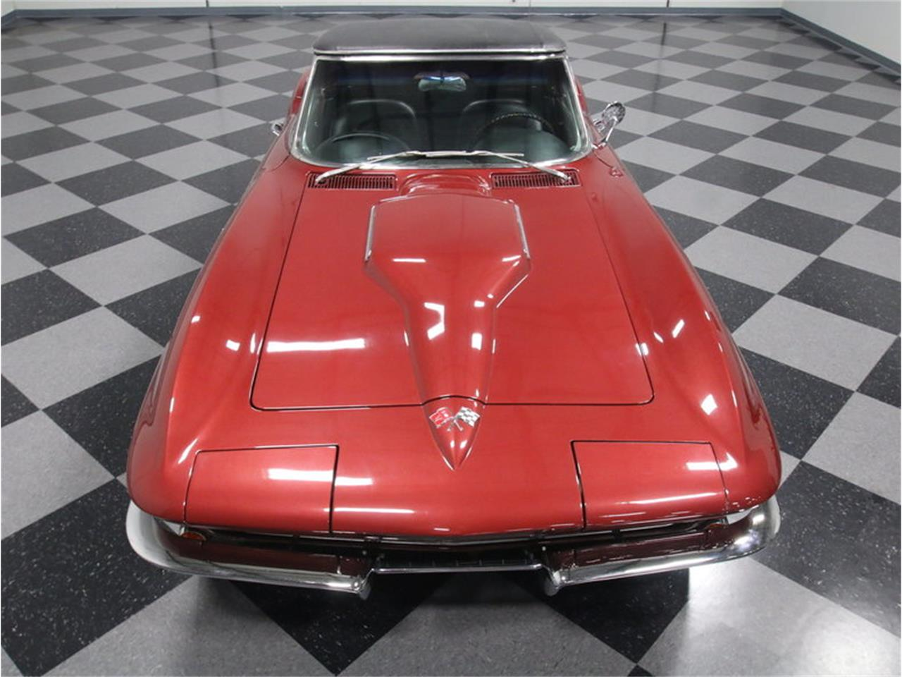 Large Picture of Classic 1966 Corvette - KZV7