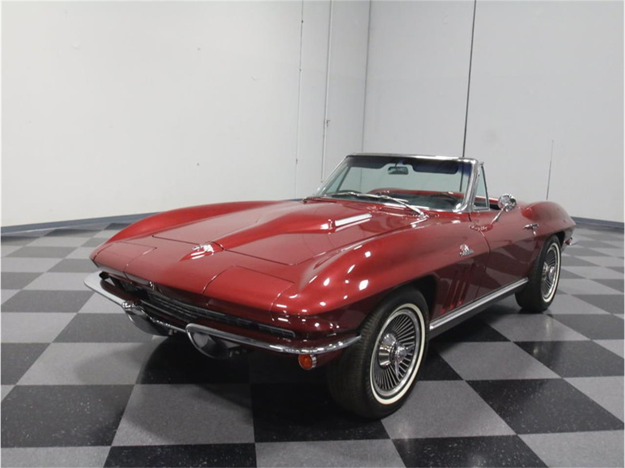 Large Picture of Classic '66 Chevrolet Corvette - $69,995.00 - KZV7