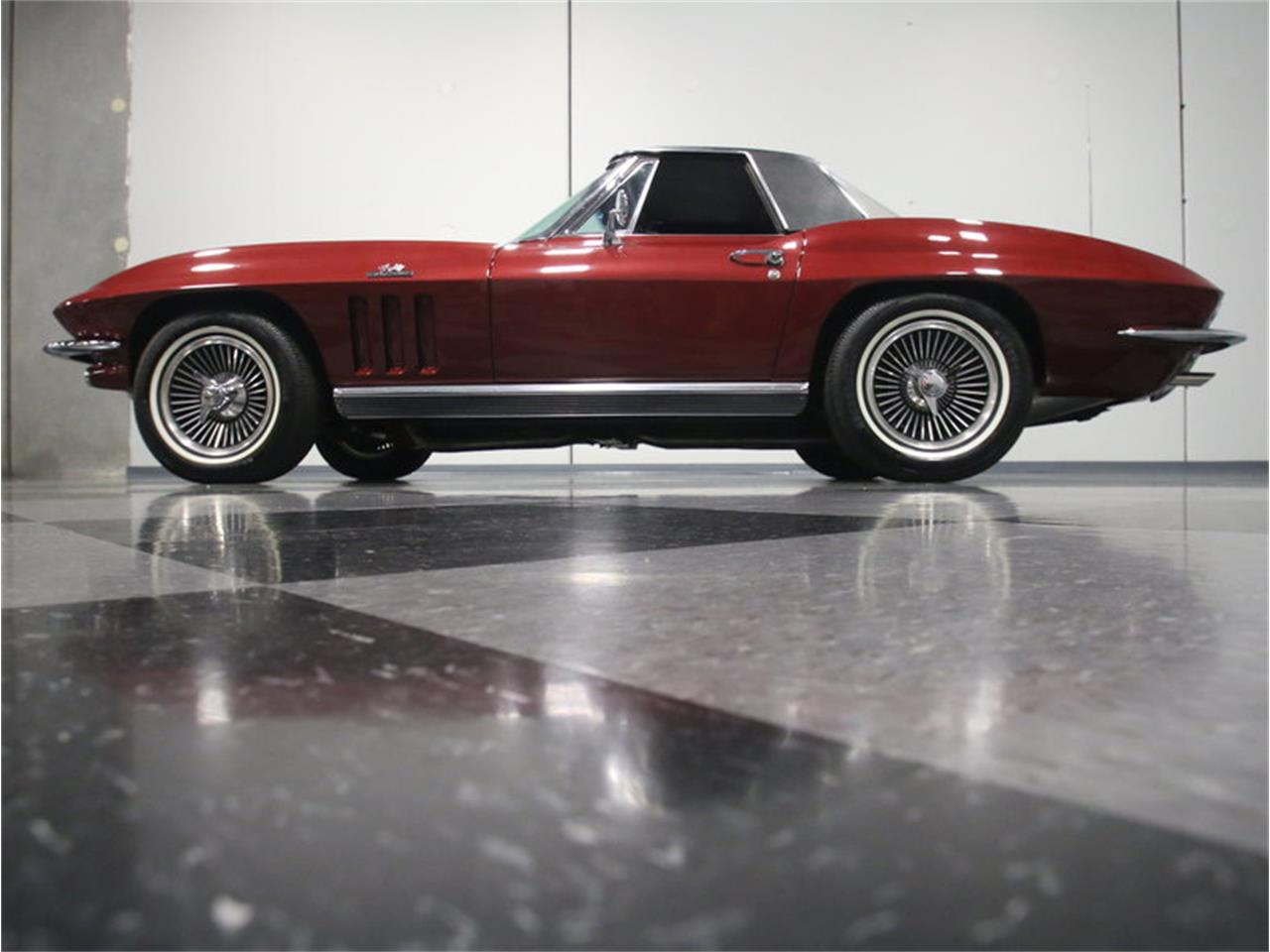 Large Picture of '66 Chevrolet Corvette Offered by Streetside Classics - Atlanta - KZV7
