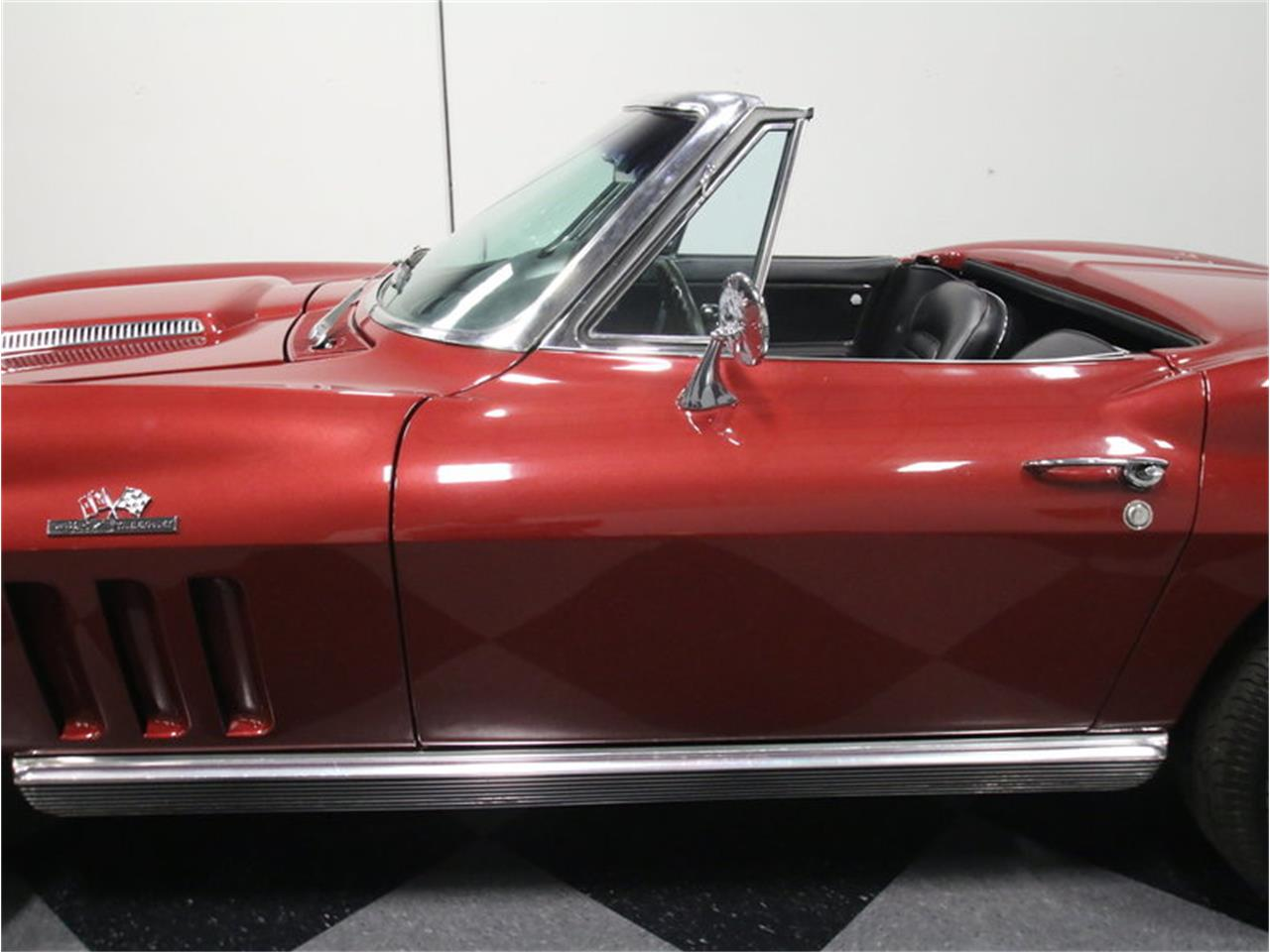 Large Picture of 1966 Chevrolet Corvette located in Lithia Springs Georgia - $69,995.00 Offered by Streetside Classics - Atlanta - KZV7