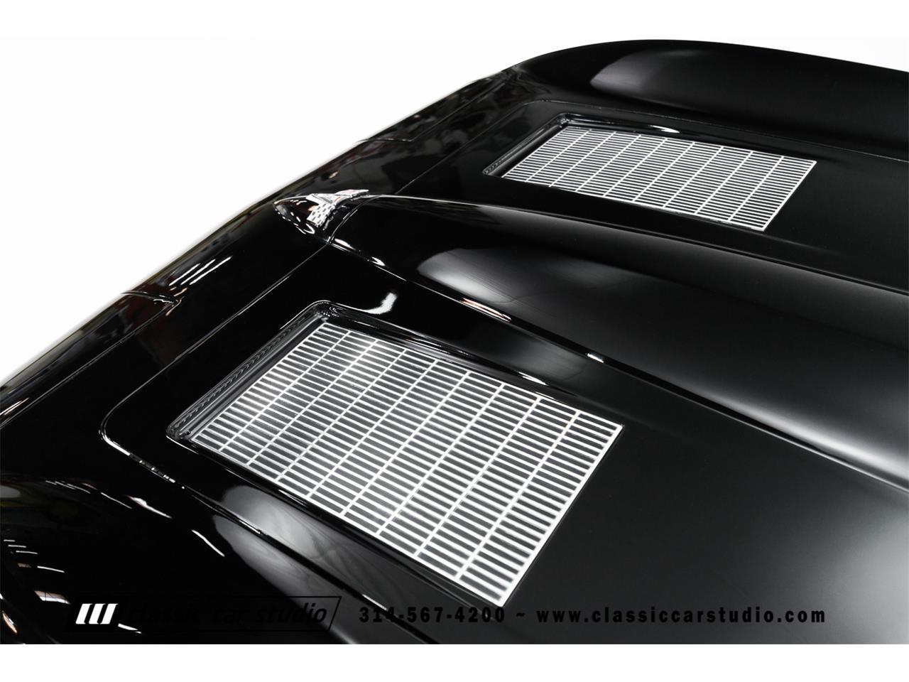 Large Picture of '63 Corvette - L01Q