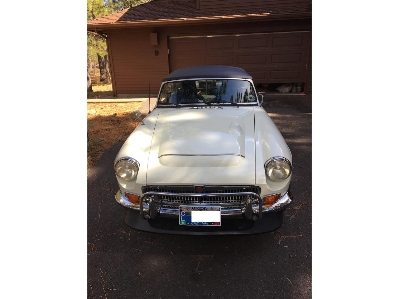 Large Picture of '69 MGC - L10I
