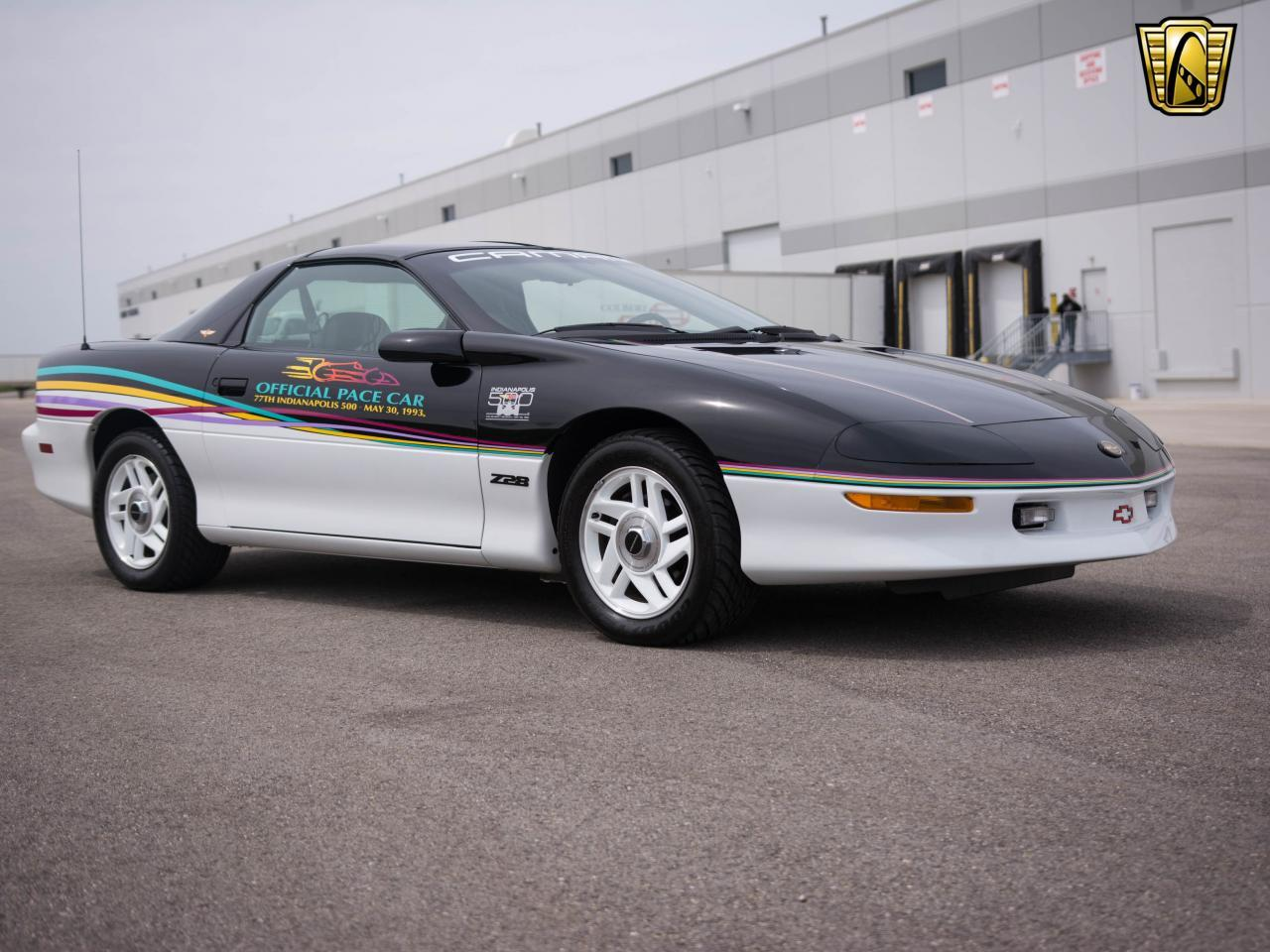 Large Picture of '93 Camaro - L126