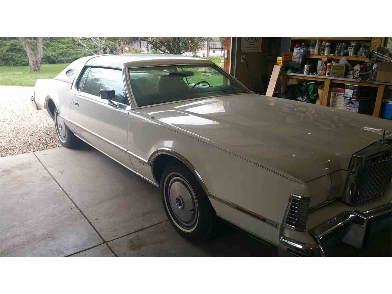 Large Picture of '76 Continental Mark IV - L16J