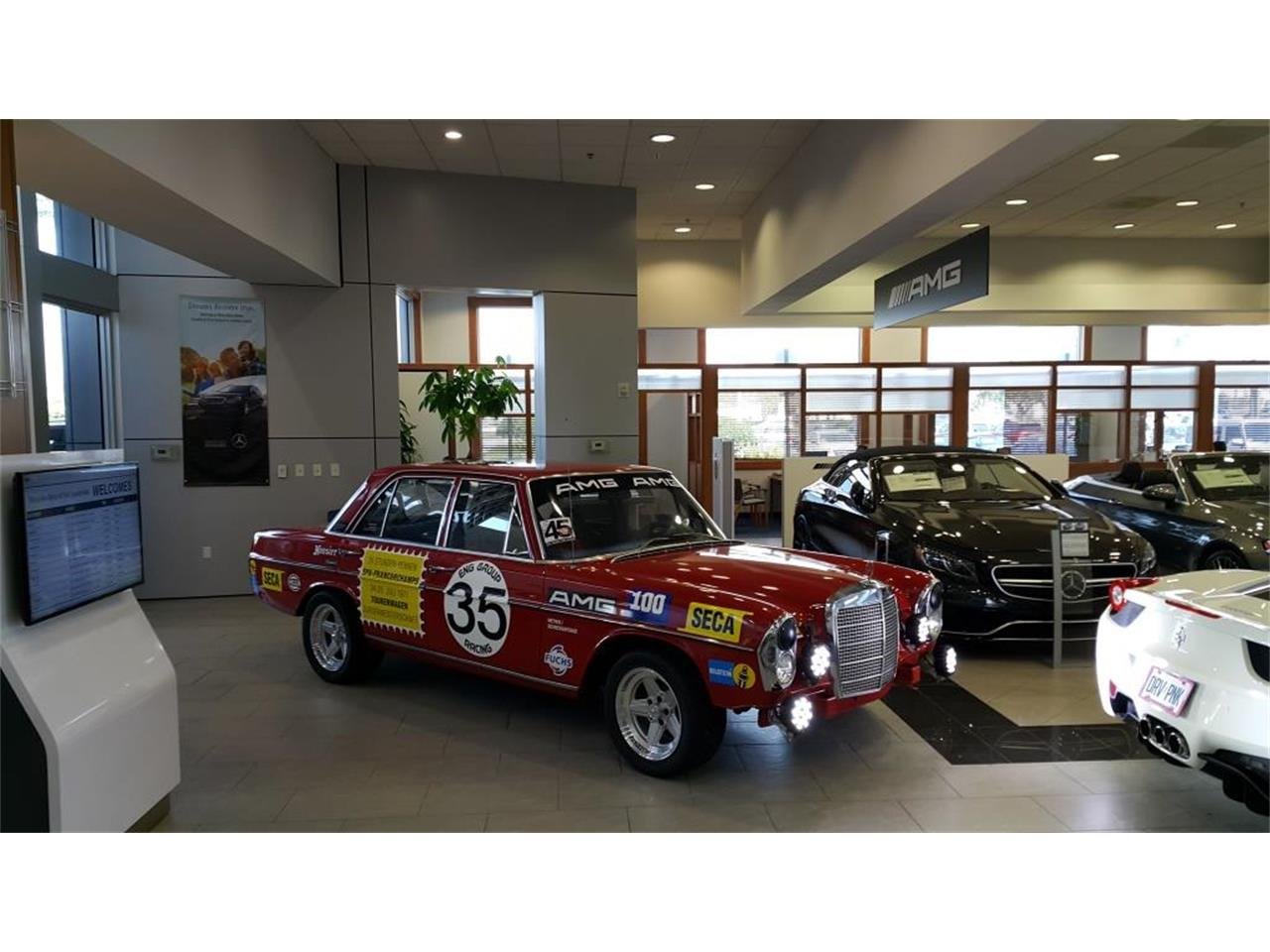 Large Picture of Classic '69 Mercedes-Benz 280S Offered by a Private Seller - L16M