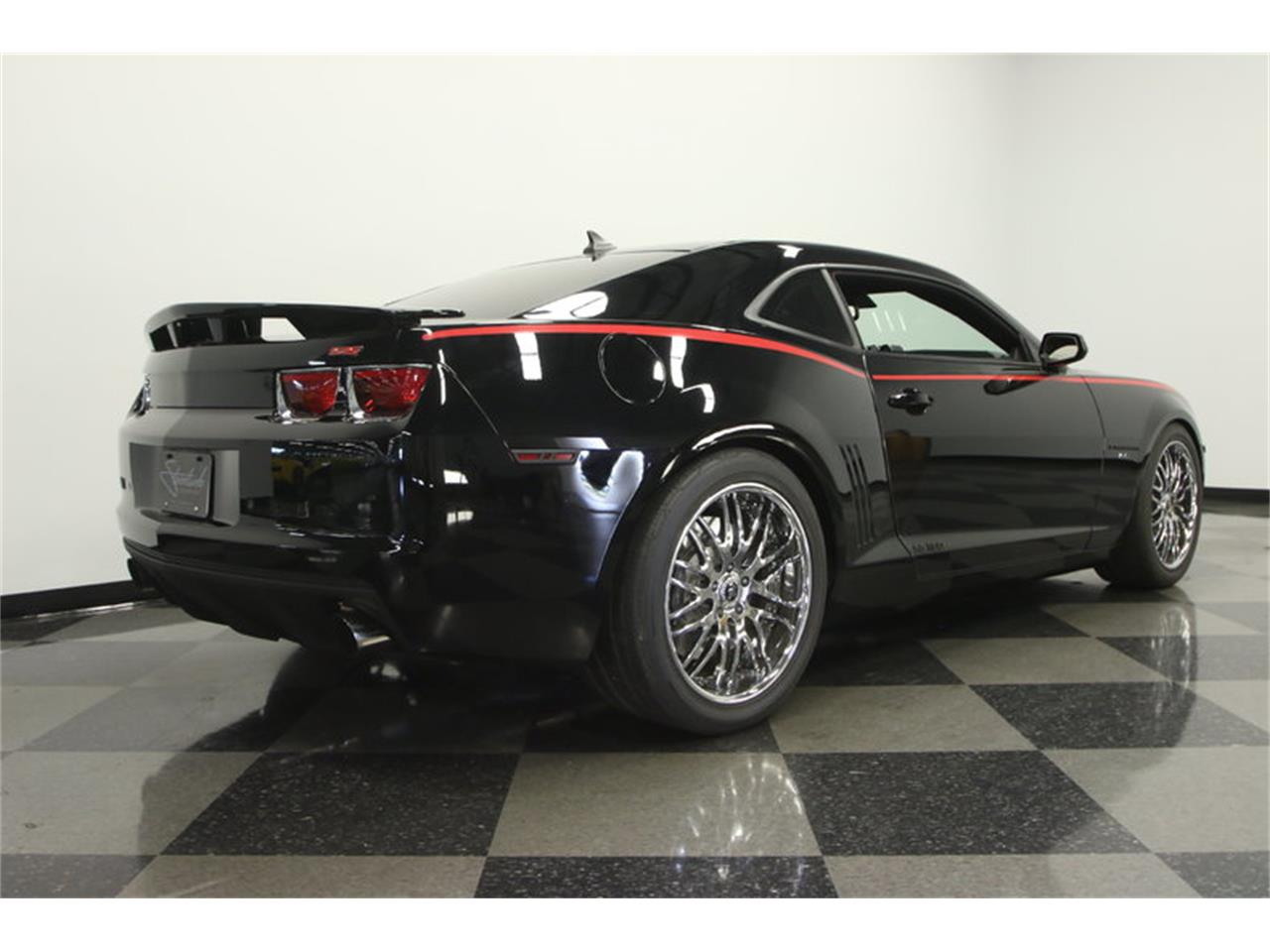 Large Picture of '10 Camaro SS Supercharged - L190