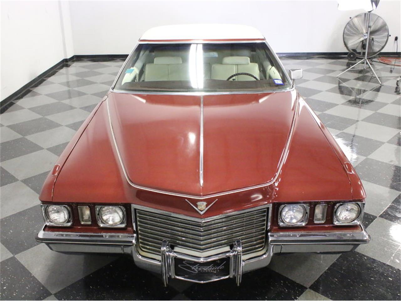 Large Picture of Classic 1972 Cadillac Coupe DeVille located in Ft Worth Texas Offered by Streetside Classics - Dallas / Fort Worth - L1A0