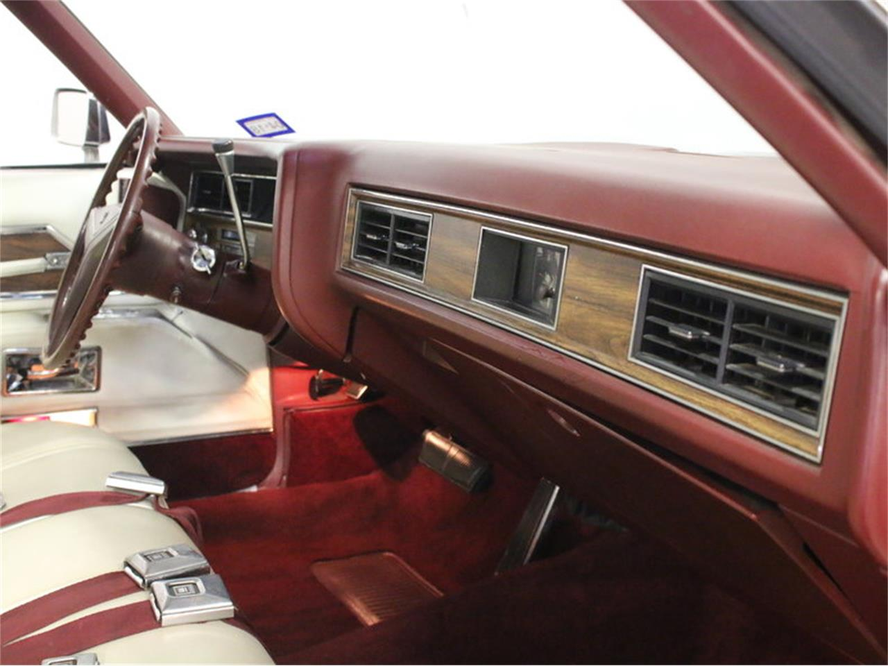 Large Picture of Classic '72 Cadillac Coupe DeVille located in Ft Worth Texas - L1A0