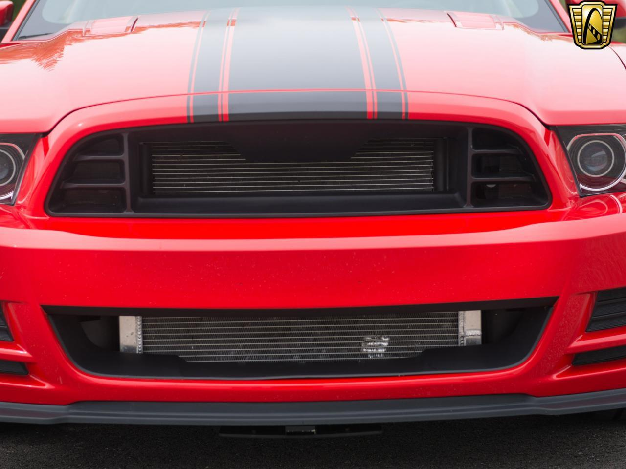 Large Picture of '13 Ford Mustang located in Kenosha Wisconsin - L1AH