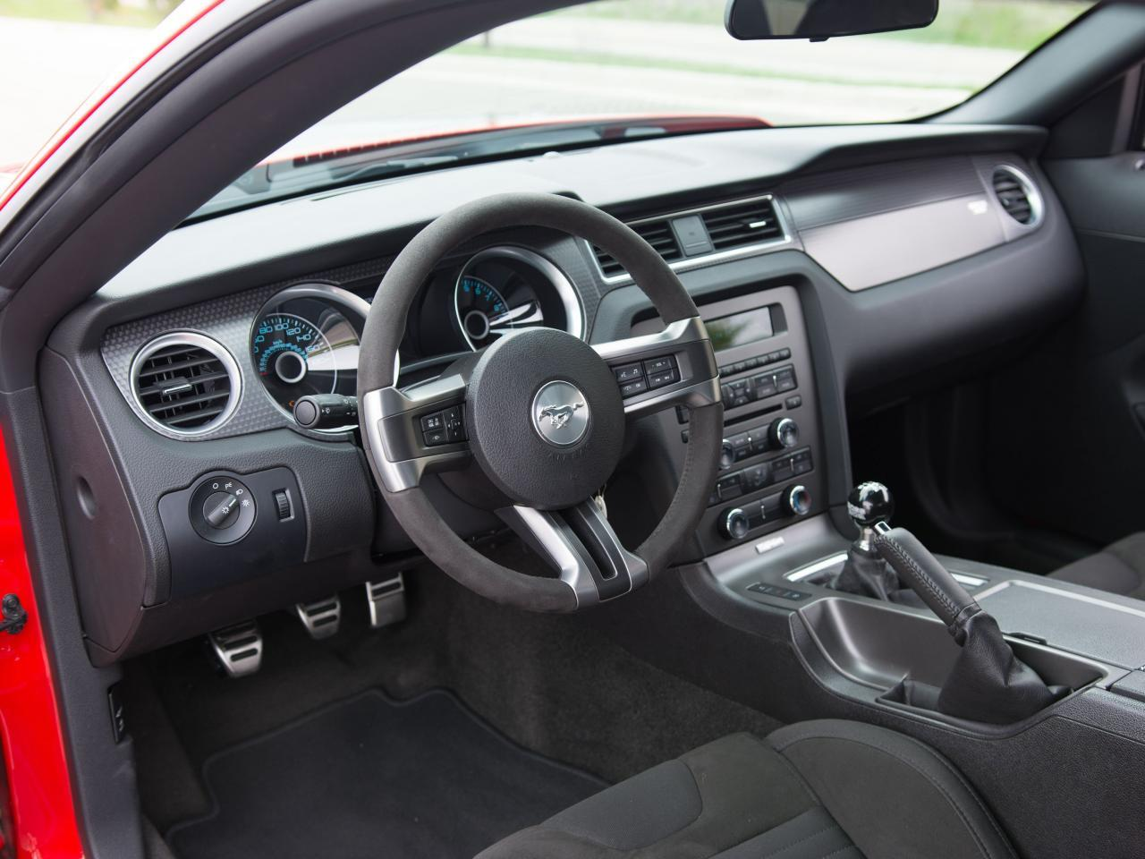 Large Picture of 2013 Ford Mustang located in Wisconsin - $49,995.00 Offered by Gateway Classic Cars - Milwaukee - L1AH