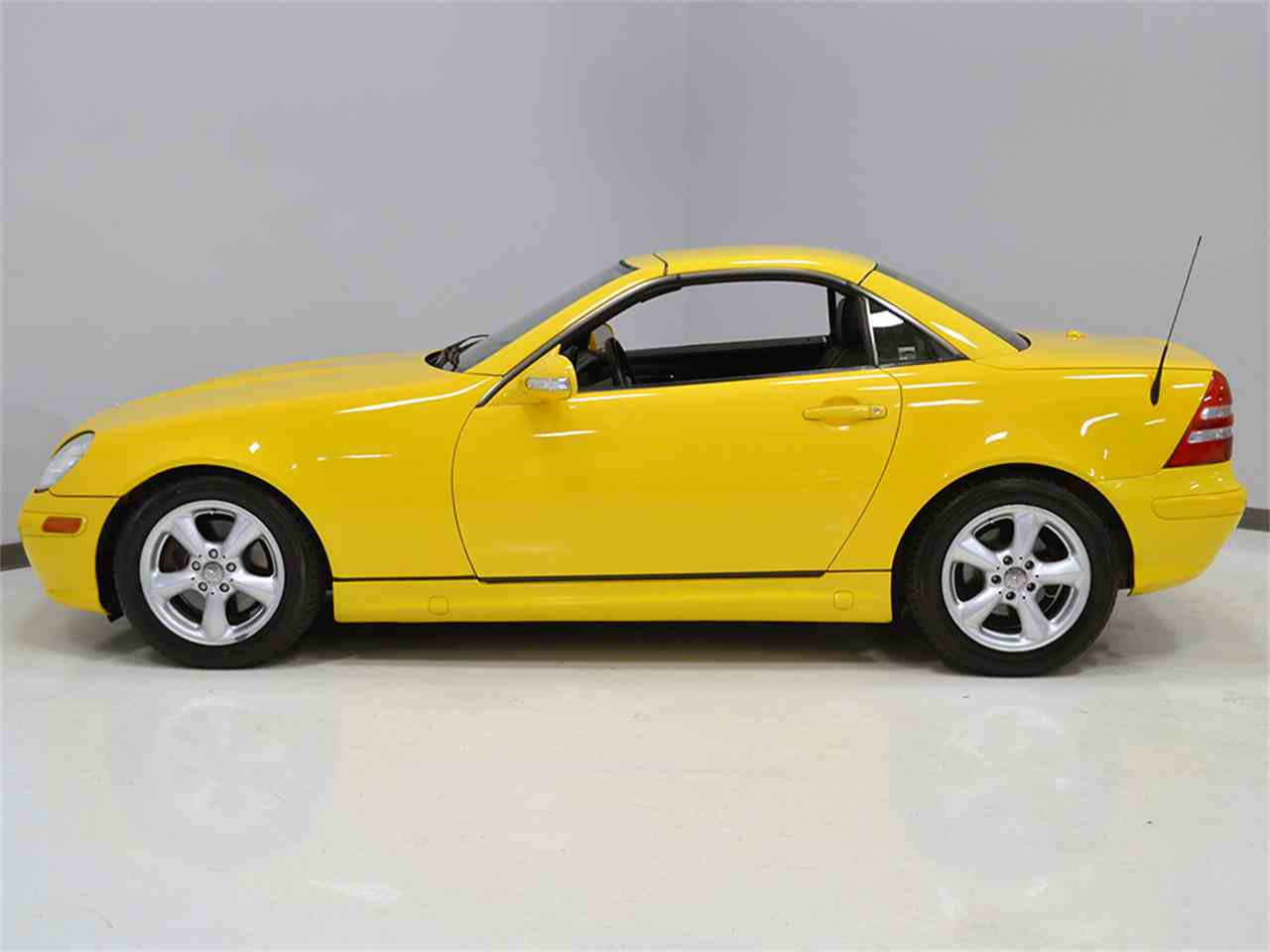 Large Picture of '01 SLK-Class - L1GX