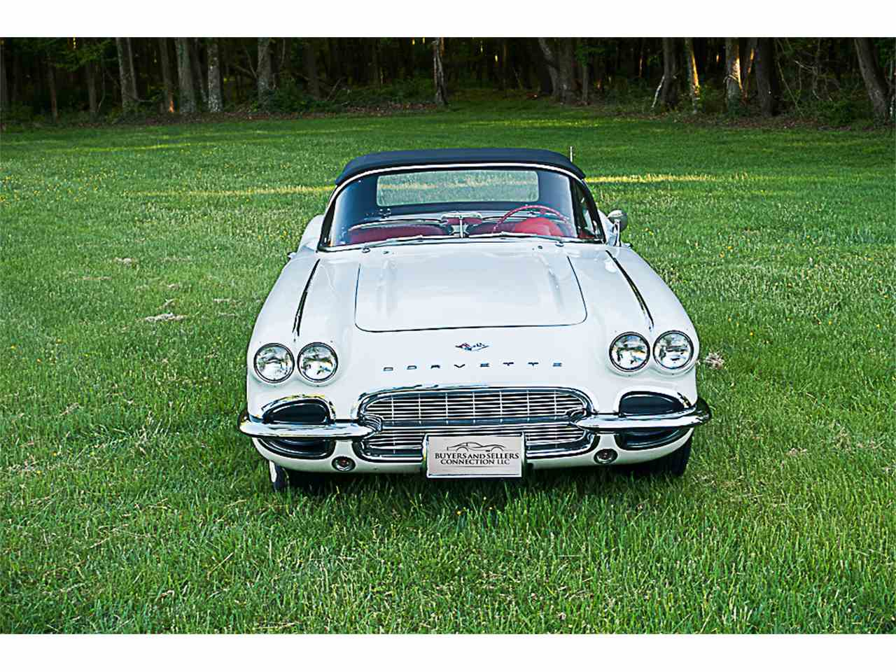 Large Picture of '61 Corvette - L1JR