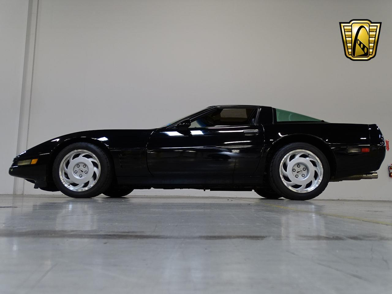Large Picture of 1991 Chevrolet Corvette located in New Jersey Offered by Gateway Classic Cars - Philadelphia - L1SC