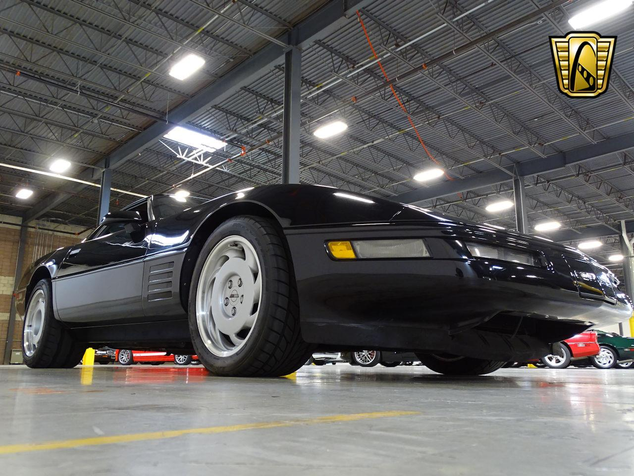 Large Picture of 1991 Chevrolet Corvette located in West Deptford New Jersey - L1SC