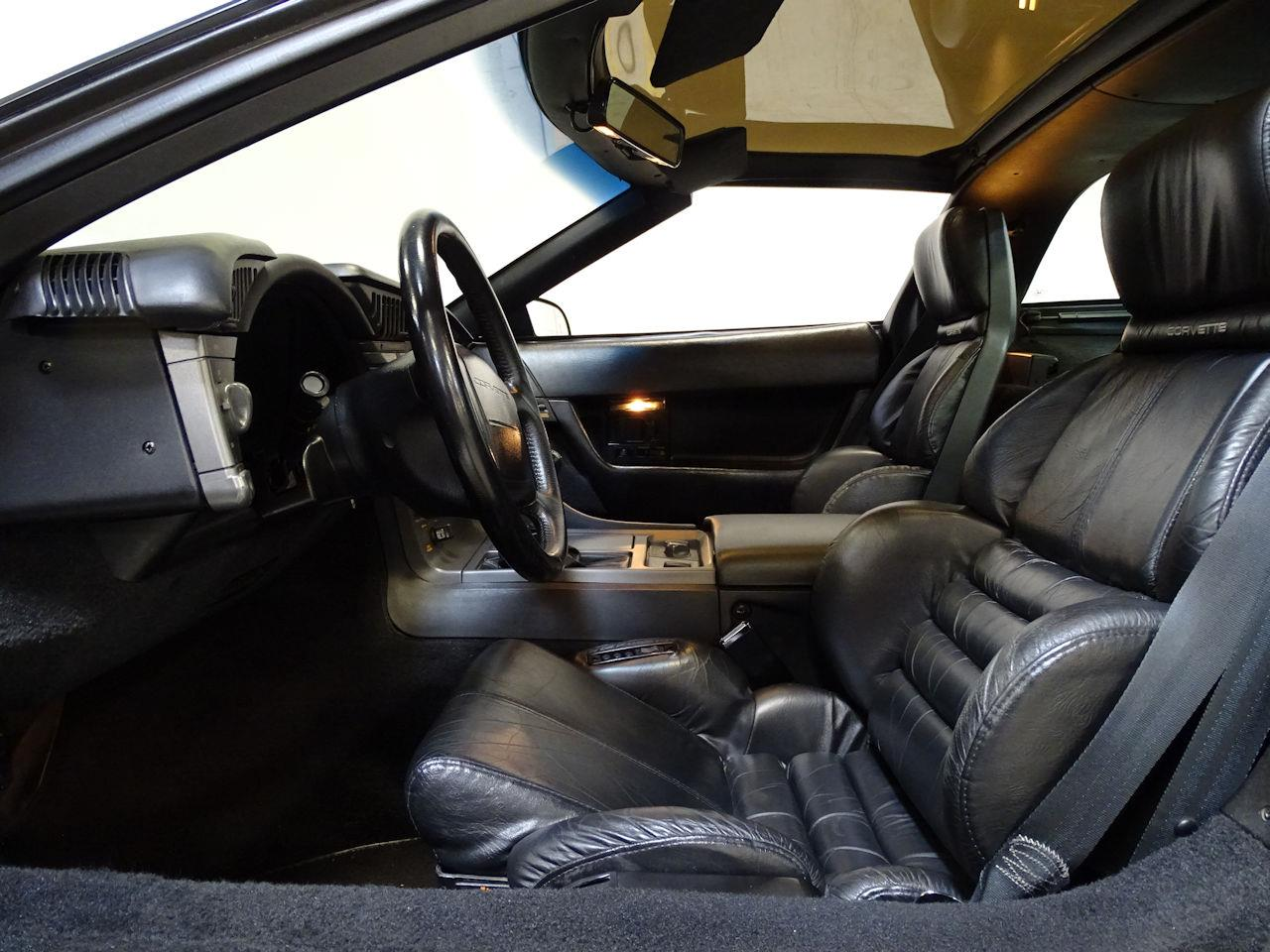 Large Picture of '91 Corvette located in New Jersey Offered by Gateway Classic Cars - Philadelphia - L1SC