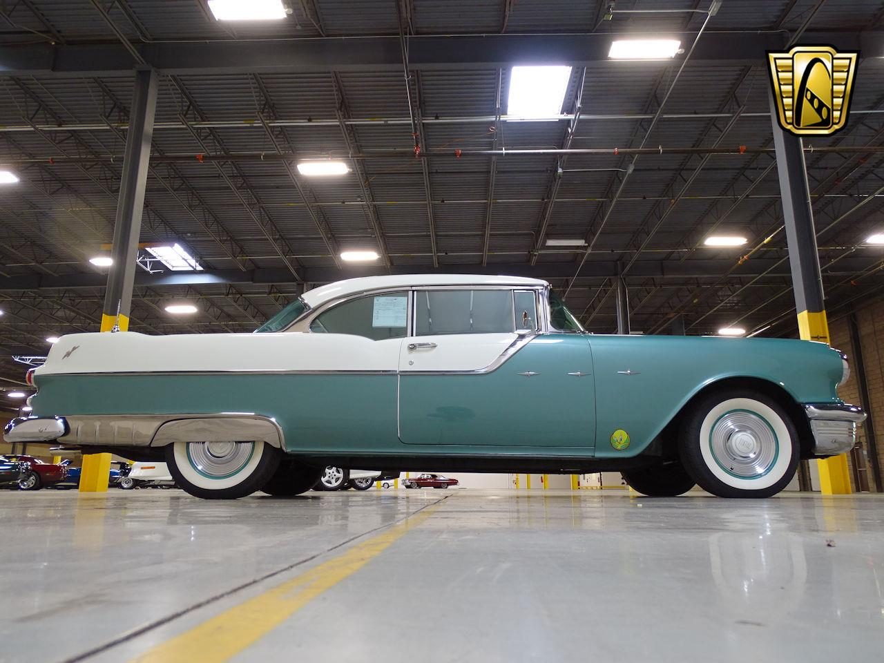 Large Picture of Classic 1955 Pontiac Star Chief located in New Jersey Offered by Gateway Classic Cars - Philadelphia - L1SD