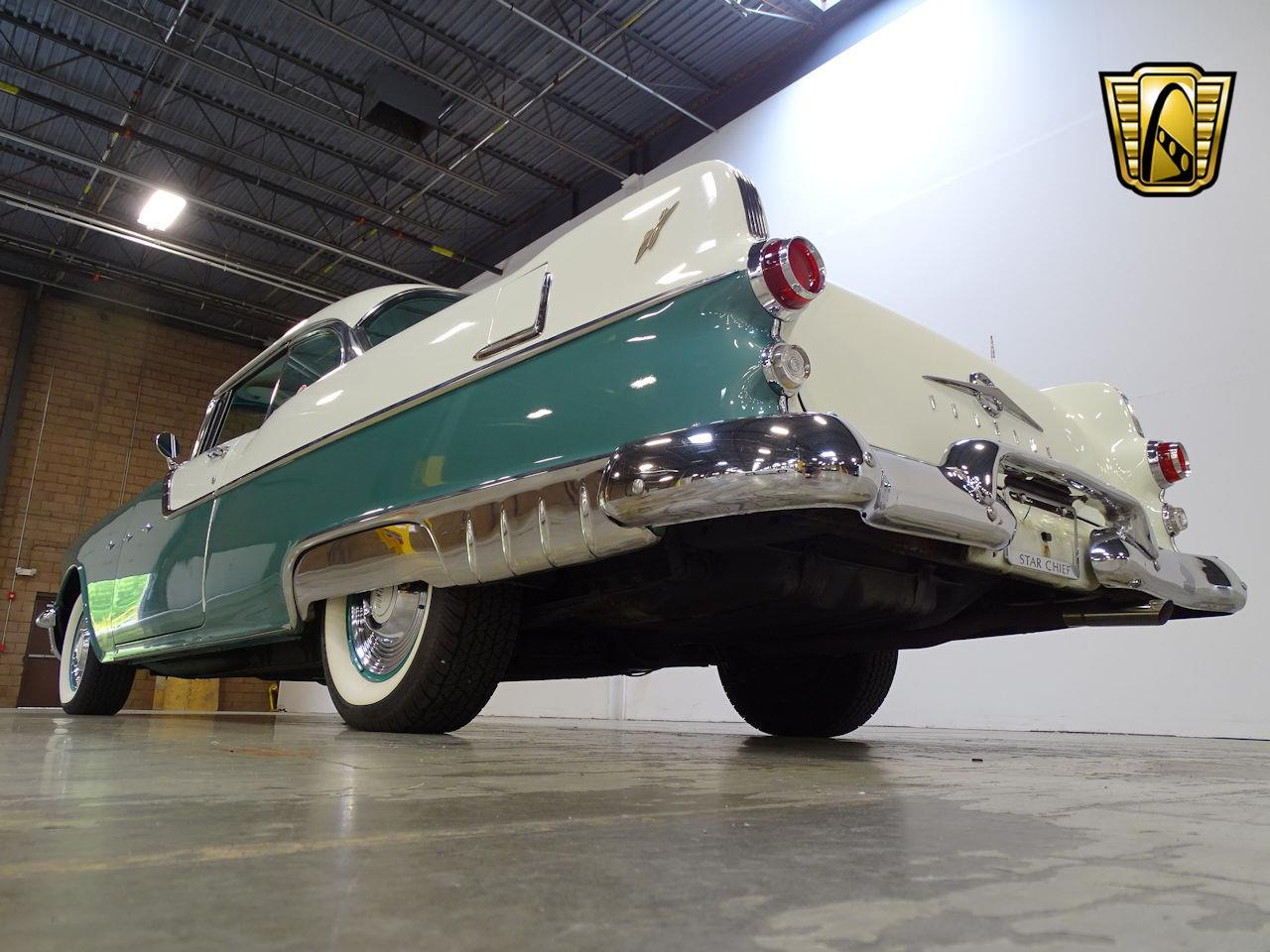 Large Picture of Classic '55 Pontiac Star Chief - L1SD