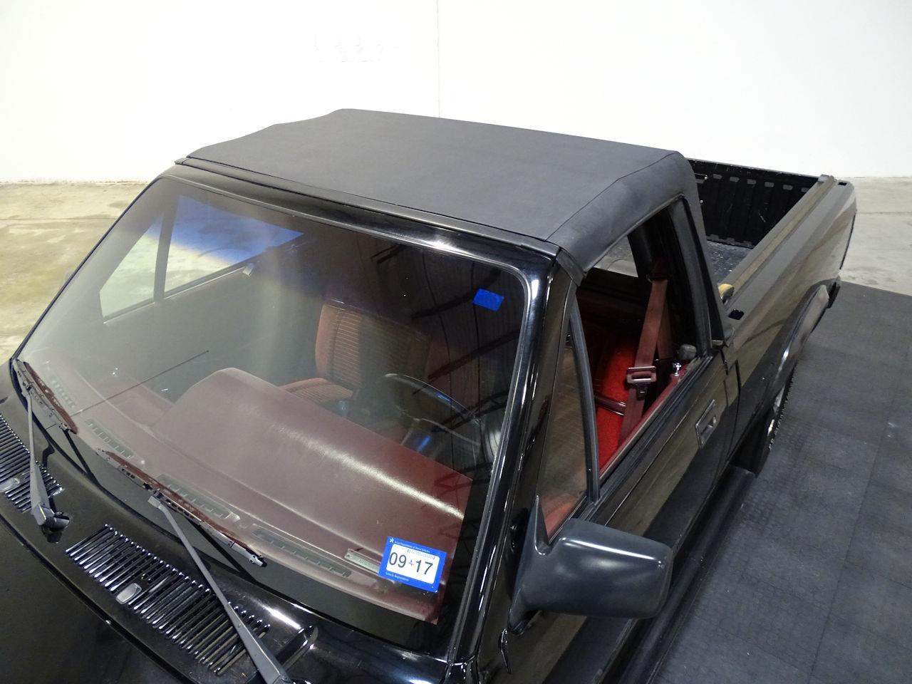 Large Picture of 1989 Dodge Dakota located in Texas - $15,595.00 - L1SP