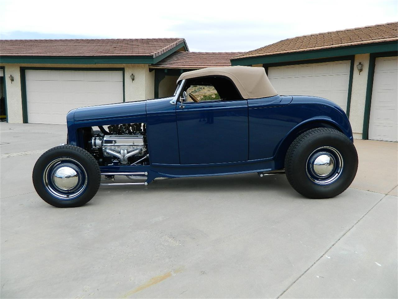 Large Picture of Classic 1932 Roadster located in California - $129,999.00 Offered by Classic Car Marketing, Inc. - L1V9