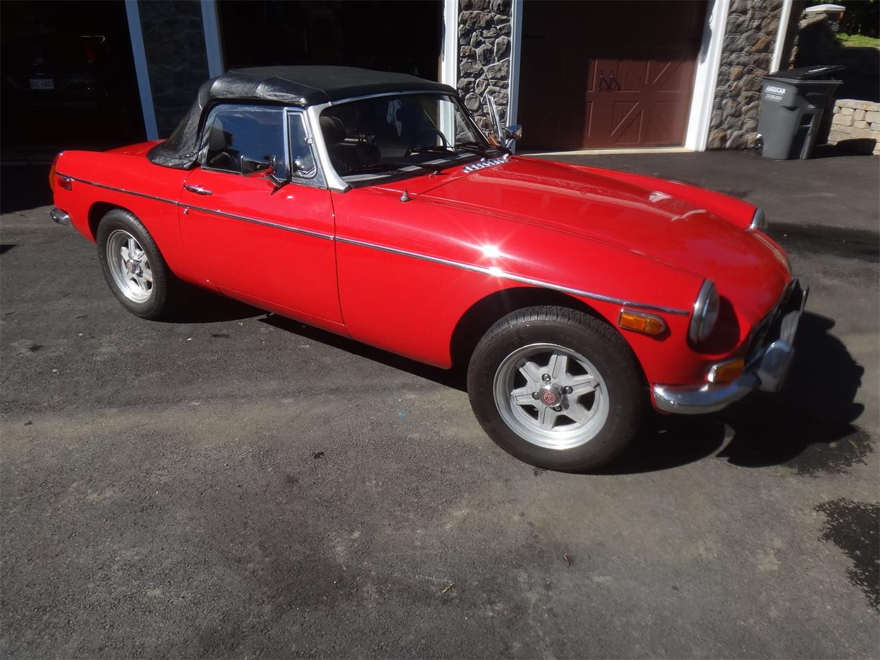Large Picture of '74 MGB - L1VT