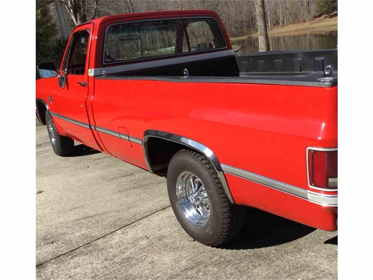 Large Picture of '85 Chevrolet Silverado located in North Carolina - $19,500.00 - L1W3