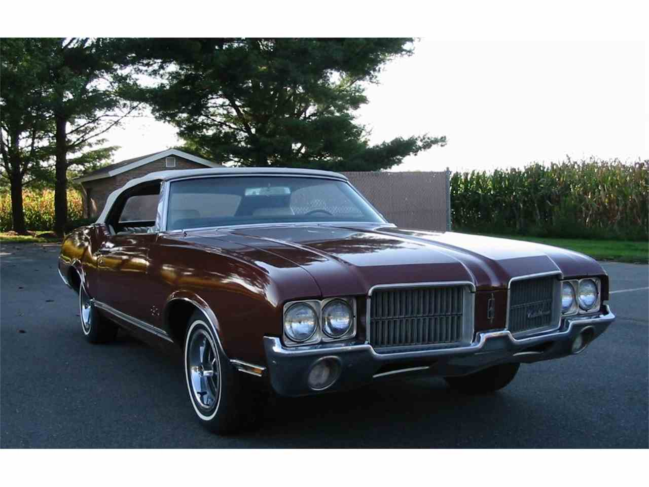 Large Picture of '71 Cutlass Supreme - L1WX