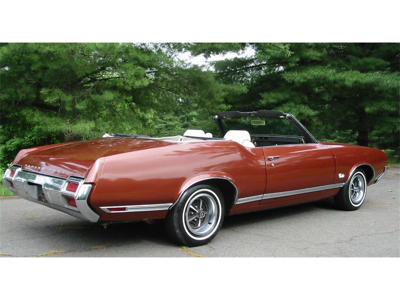 Large Picture of '71 Oldsmobile Cutlass Supreme located in West Virginia - L1WX