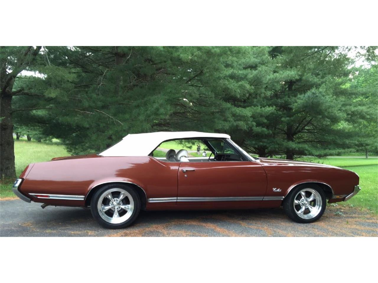 Large Picture of Classic 1971 Oldsmobile Cutlass Supreme - $29,500.00 Offered by Champion Pre-Owned Classics - L1WX