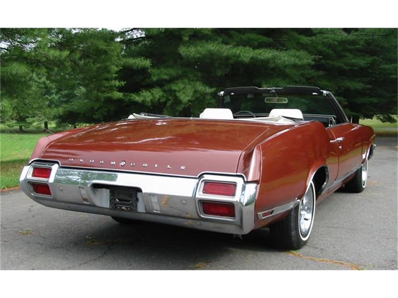 Large Picture of Classic '71 Oldsmobile Cutlass Supreme located in West Virginia - $29,500.00 - L1WX