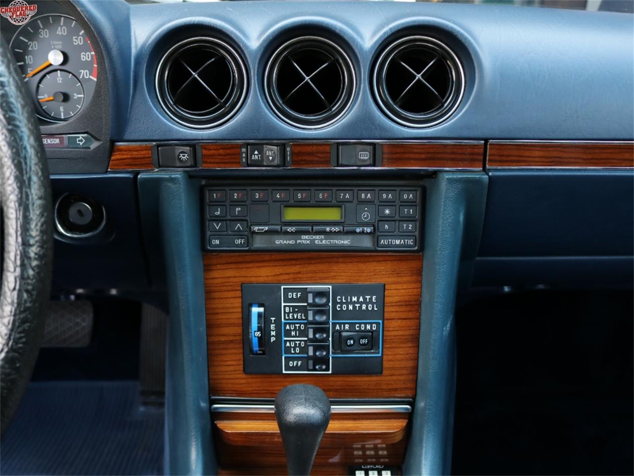 Large Picture of 1981 Mercedes-Benz 380 located in California - $19,500.00 - L2D5