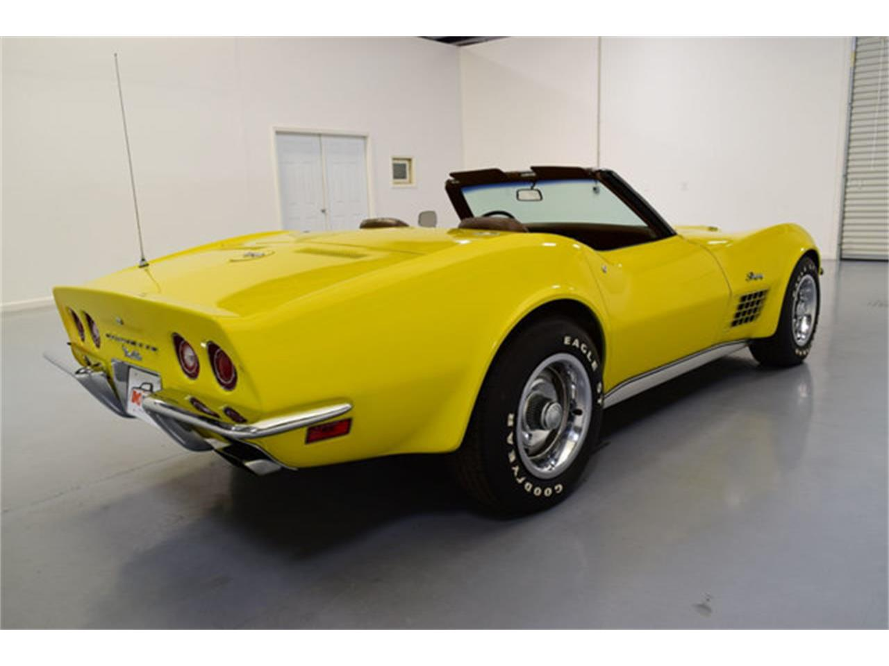 Large Picture of '72 Corvette - L2JF