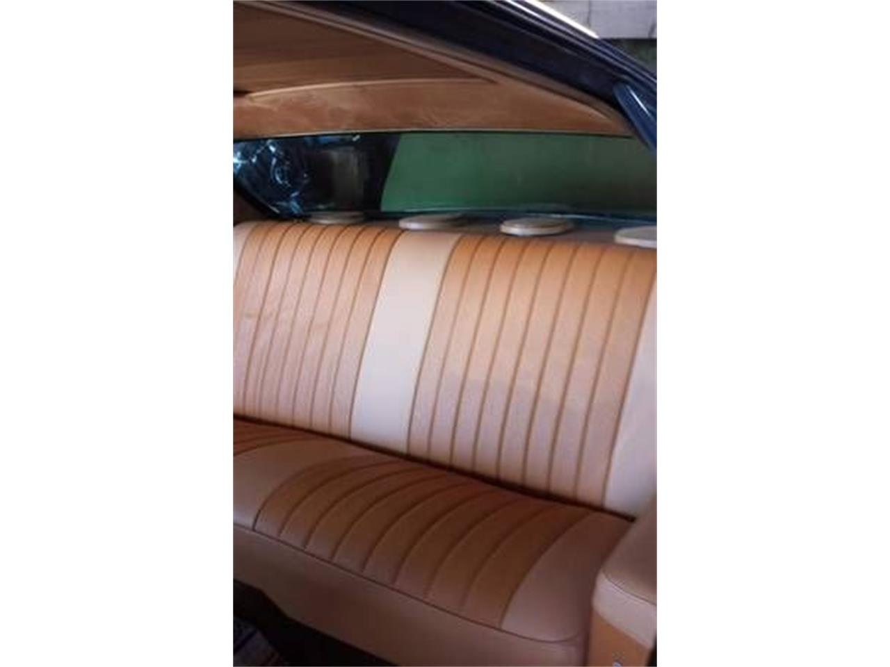Large Picture of Classic 1972 Oldsmobile Delta 88 - $16,995.00 Offered by Classic Car Deals - L2JP