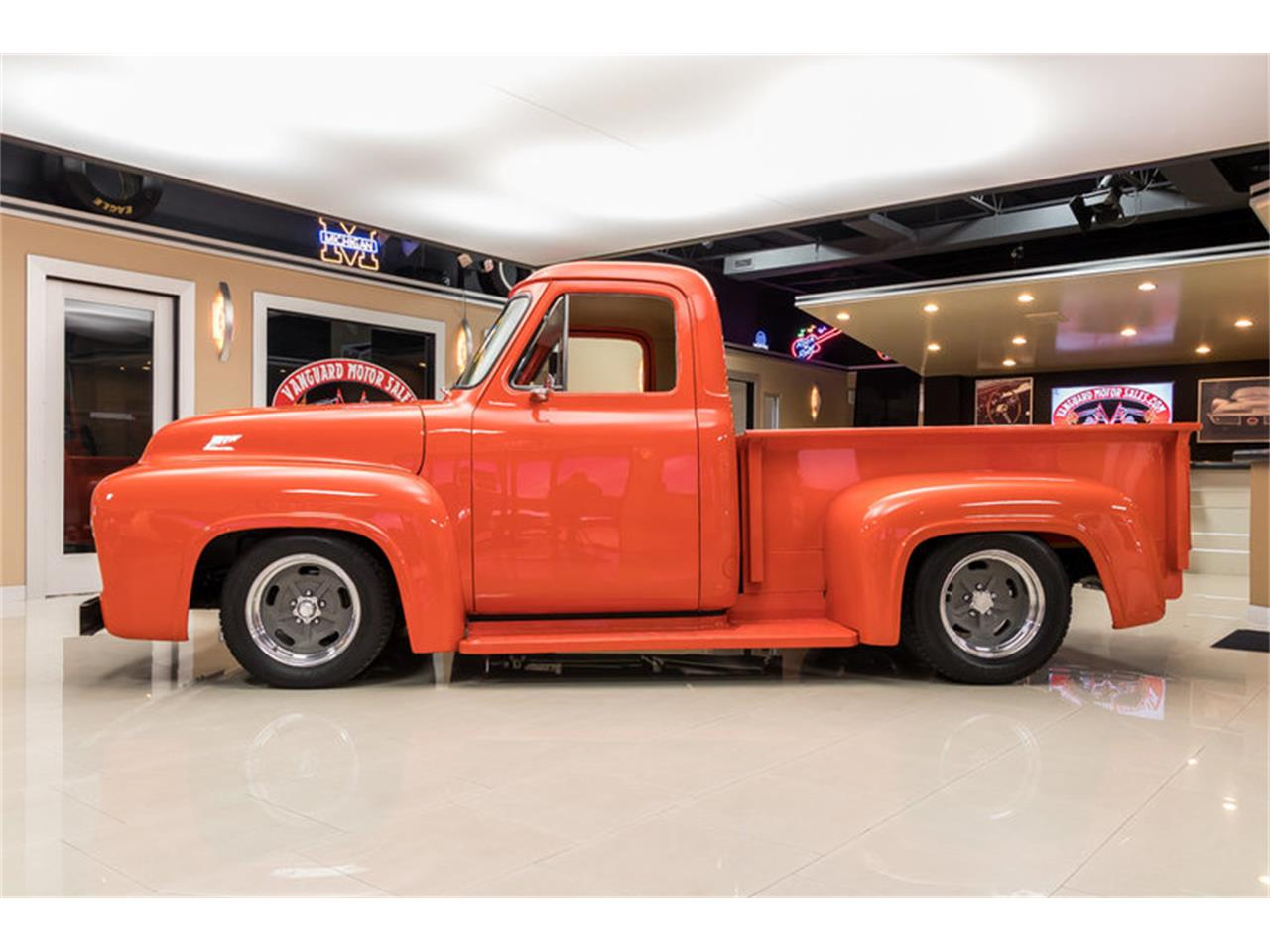Large Picture of '54 Ford F100 located in Michigan - $49,900.00 - L2M2