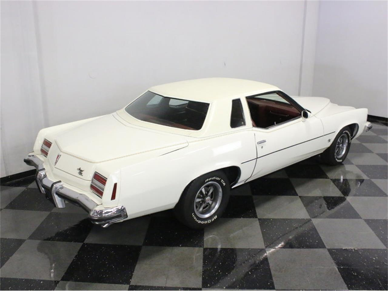 Large Picture of '73 Pontiac Grand Prix Model J located in Texas - L2N9