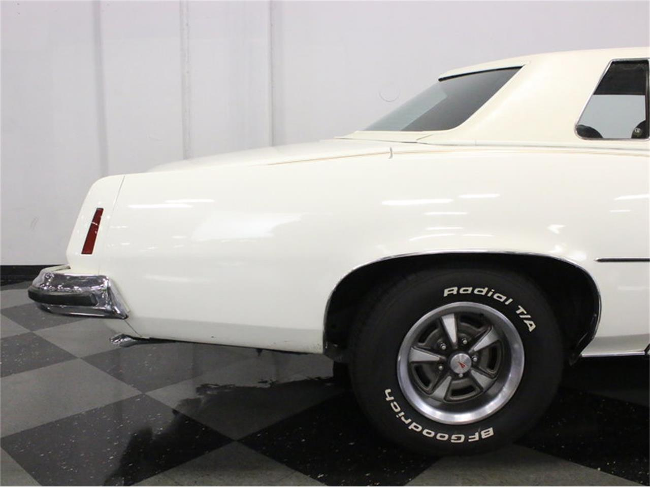 Large Picture of '73 Pontiac Grand Prix Model J Offered by Streetside Classics - Dallas / Fort Worth - L2N9