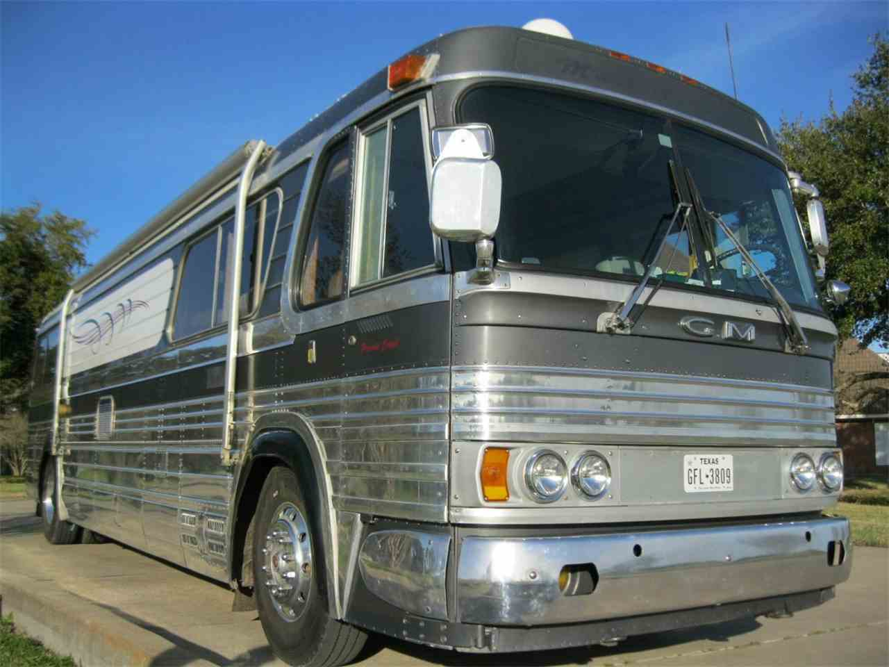 Large Picture of '63 Custom Bus/RV - L2O9