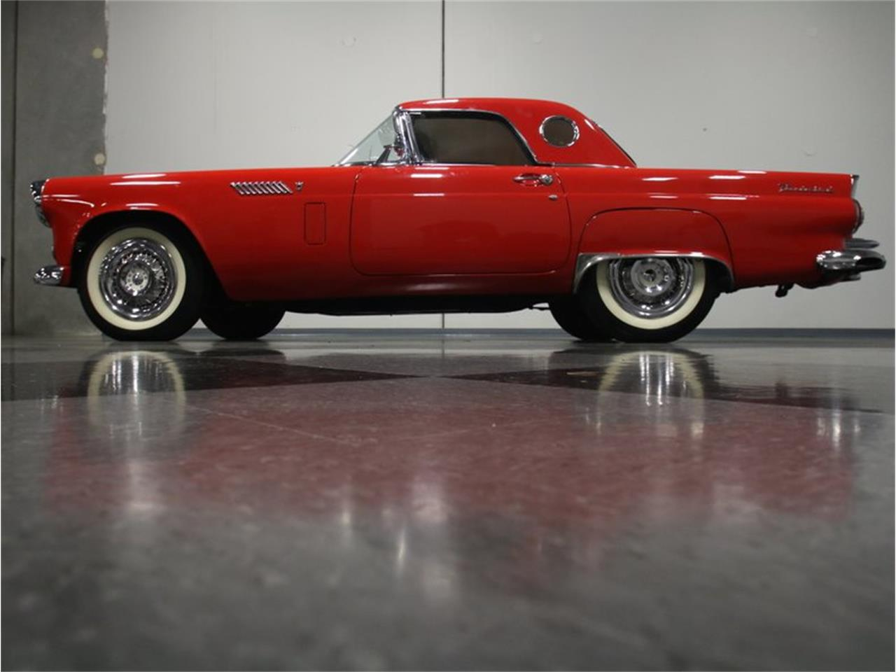 Large Picture of '56 Thunderbird - L2QI