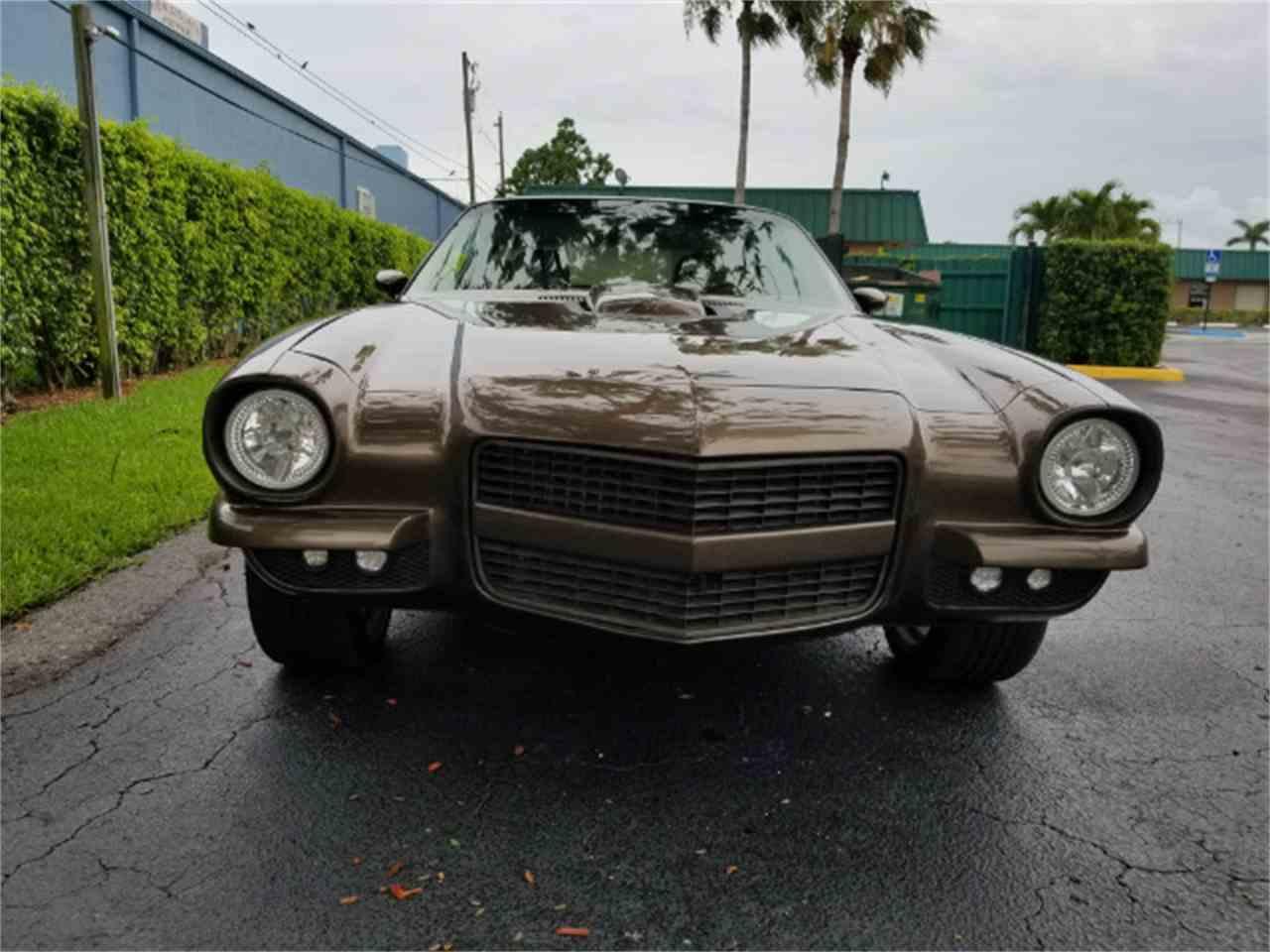 Large Picture of Classic '71 Camaro - L2QJ