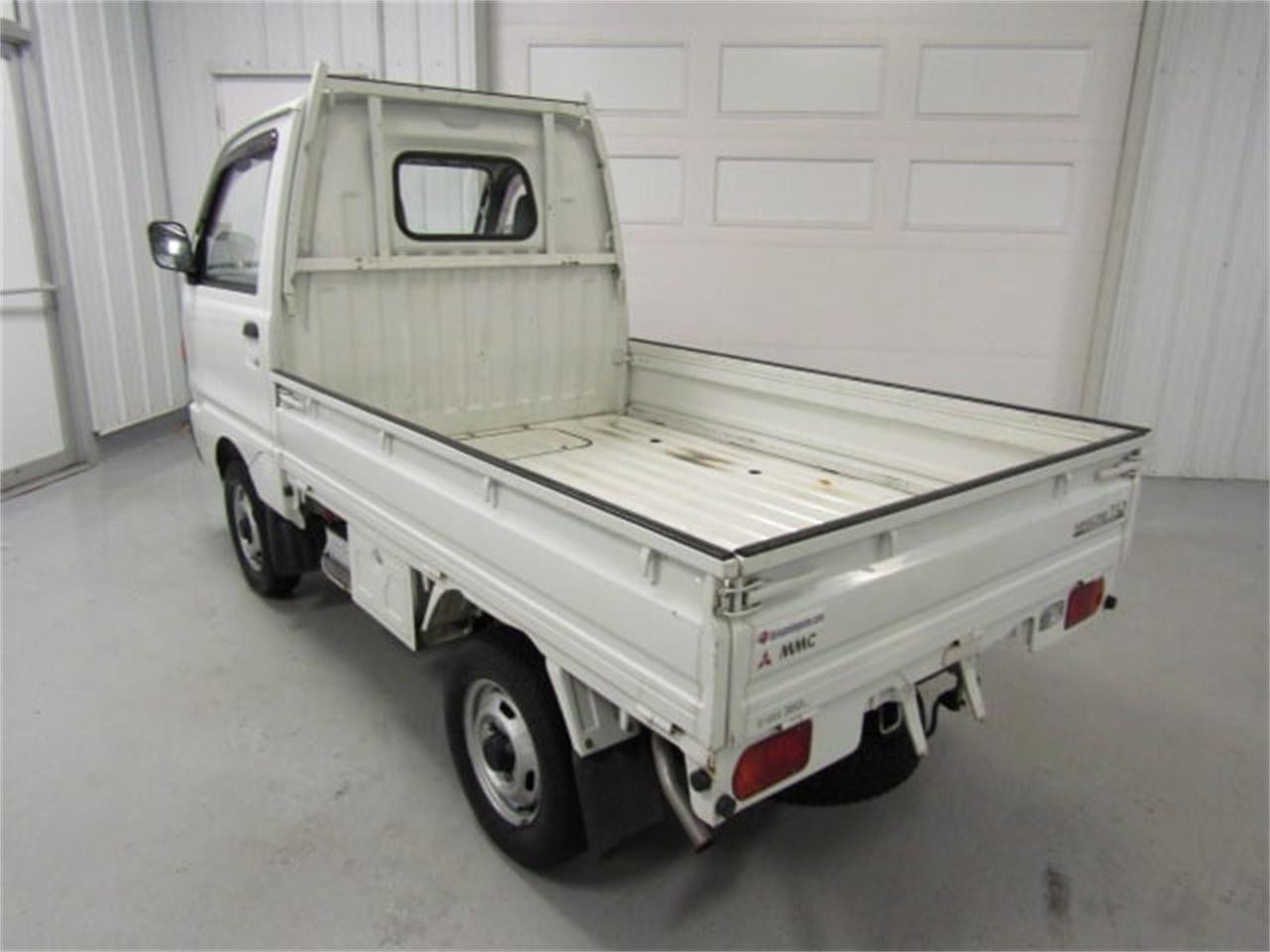 Large Picture of '92 MiniCab - $6,900.00 Offered by Duncan Imports & Classic Cars - L2SP