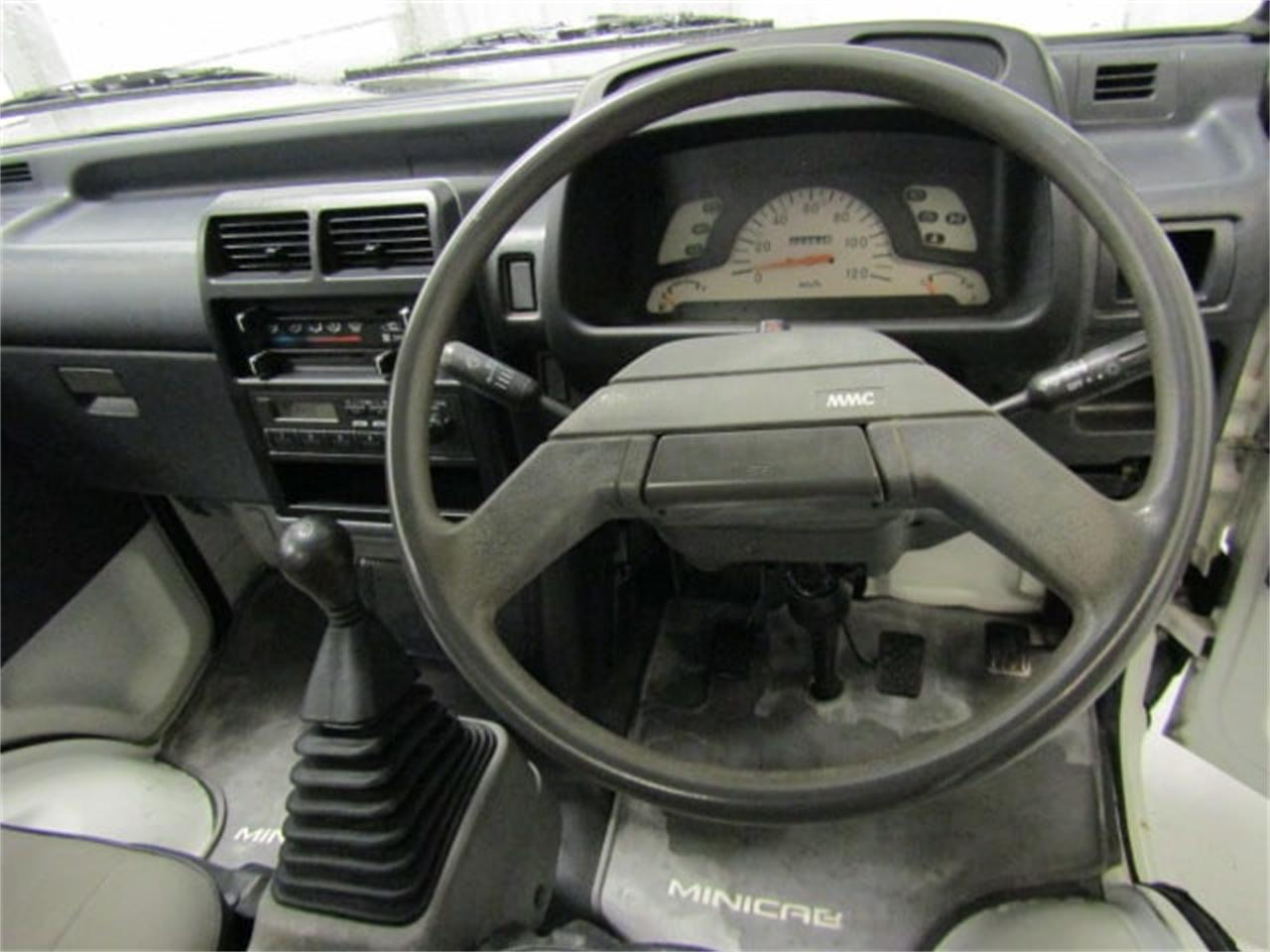 Large Picture of 1992 Mitsubishi MiniCab Offered by Duncan Imports & Classic Cars - L2SP