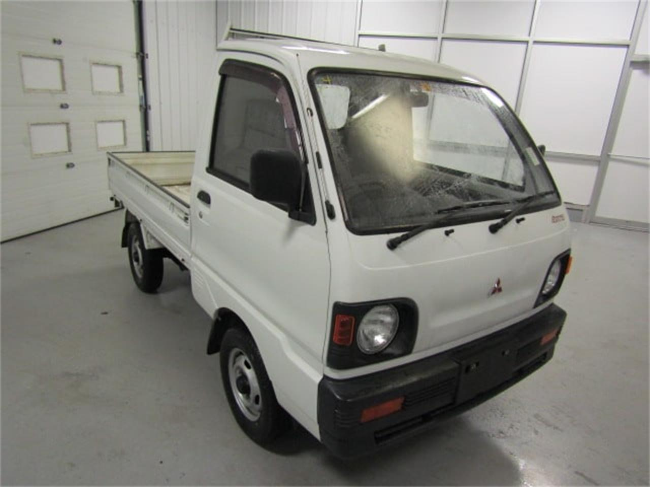 Large Picture of '92 MiniCab Offered by Duncan Imports & Classic Cars - L2SP