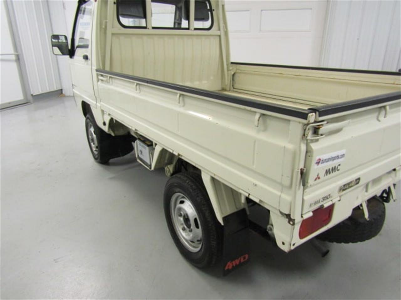 Large Picture of 1990 Mitsubishi MiniCab located in Christiansburg Virginia - $6,450.00 Offered by Duncan Imports & Classic Cars - L2SQ
