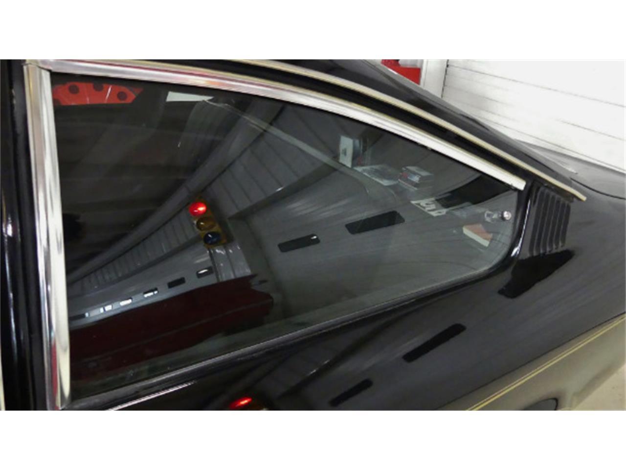 Large Picture of '75 Chevrolet Vega located in Ohio - L2U8