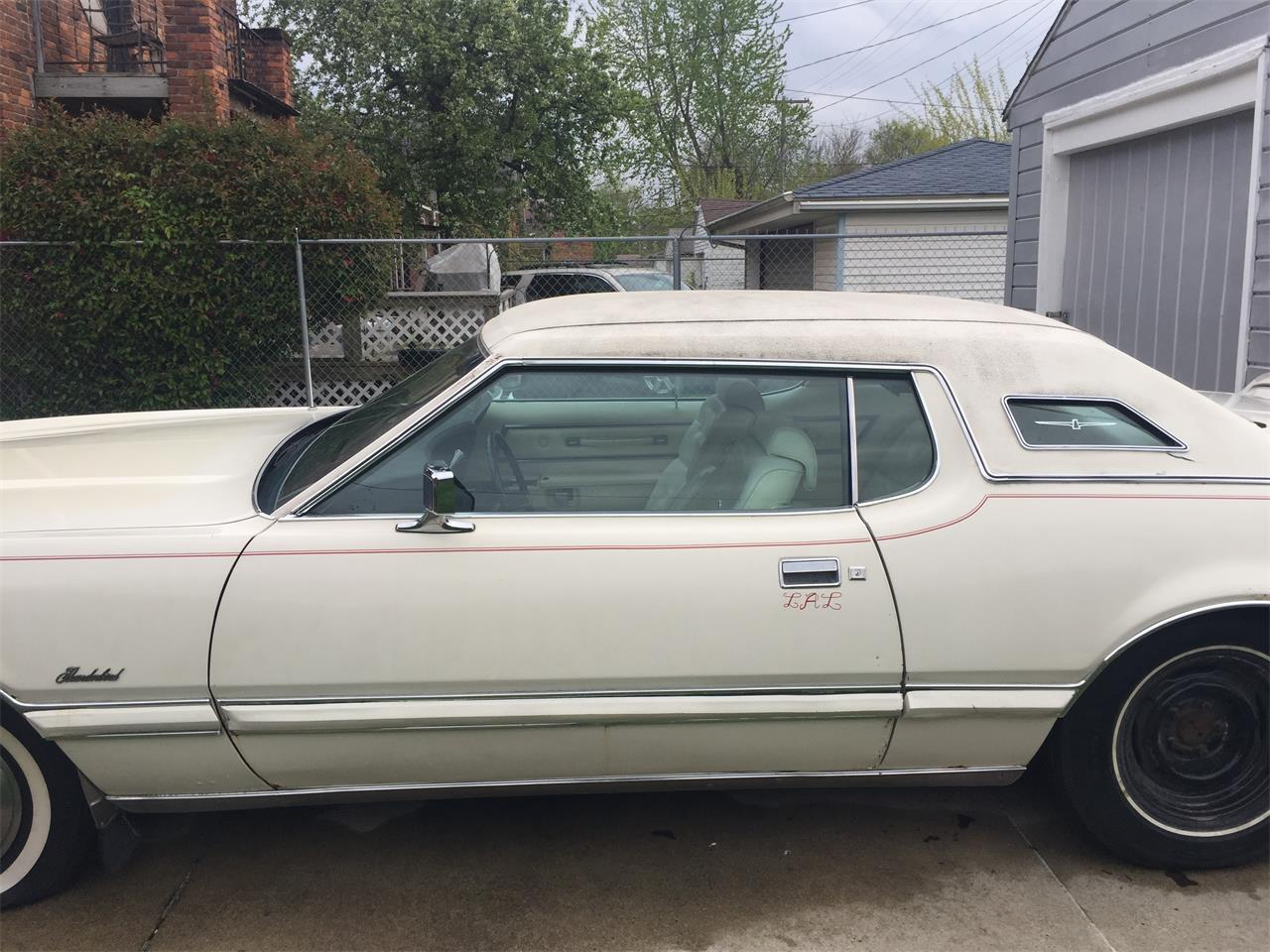 Large Picture of '73 Ford Thunderbird located in Michigan Offered by a Private Seller - L2V5