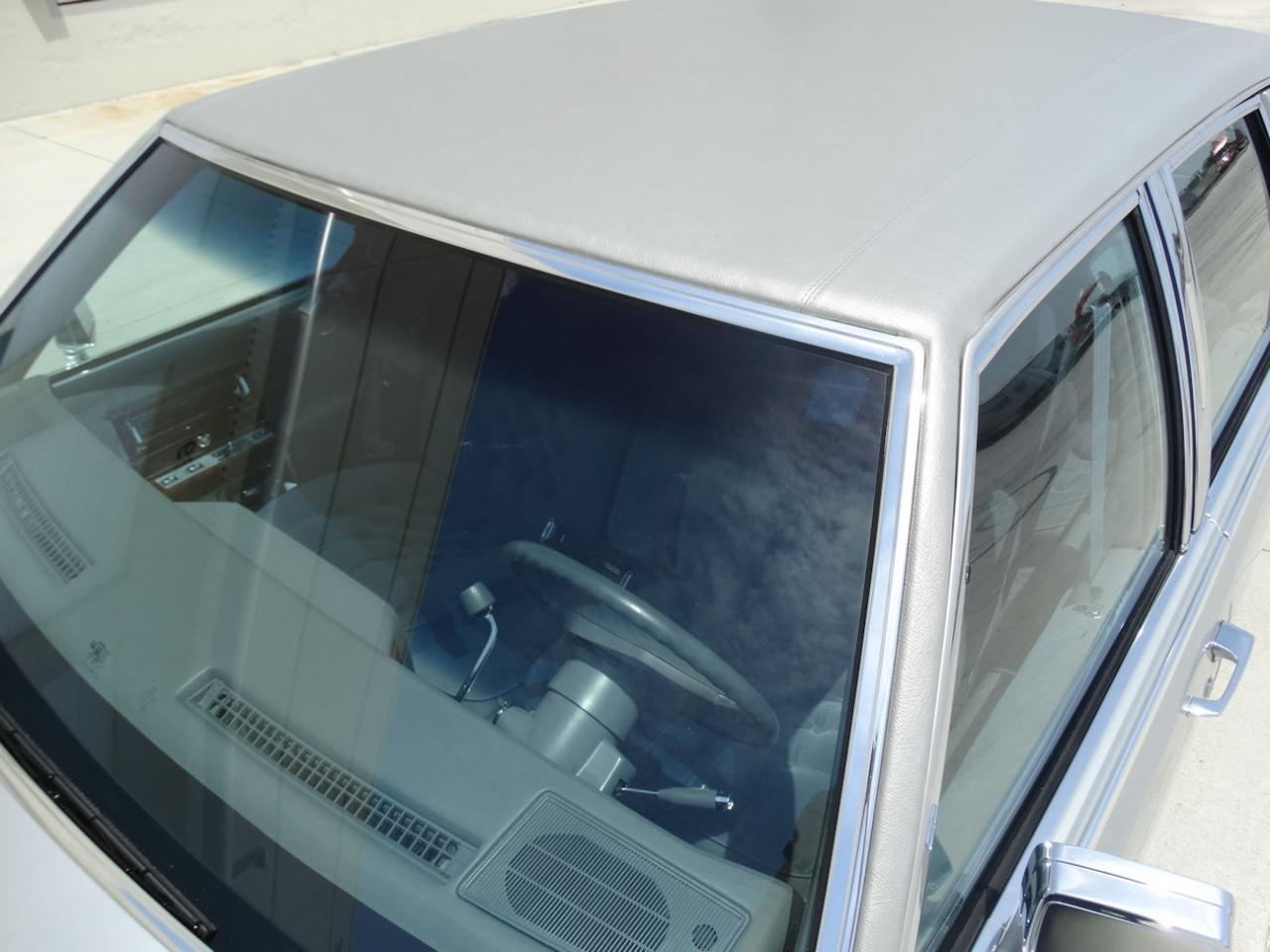 Large Picture of 1990 Cadillac Brougham located in Florida Offered by Gateway Classic Cars - Fort Lauderdale - L2WV