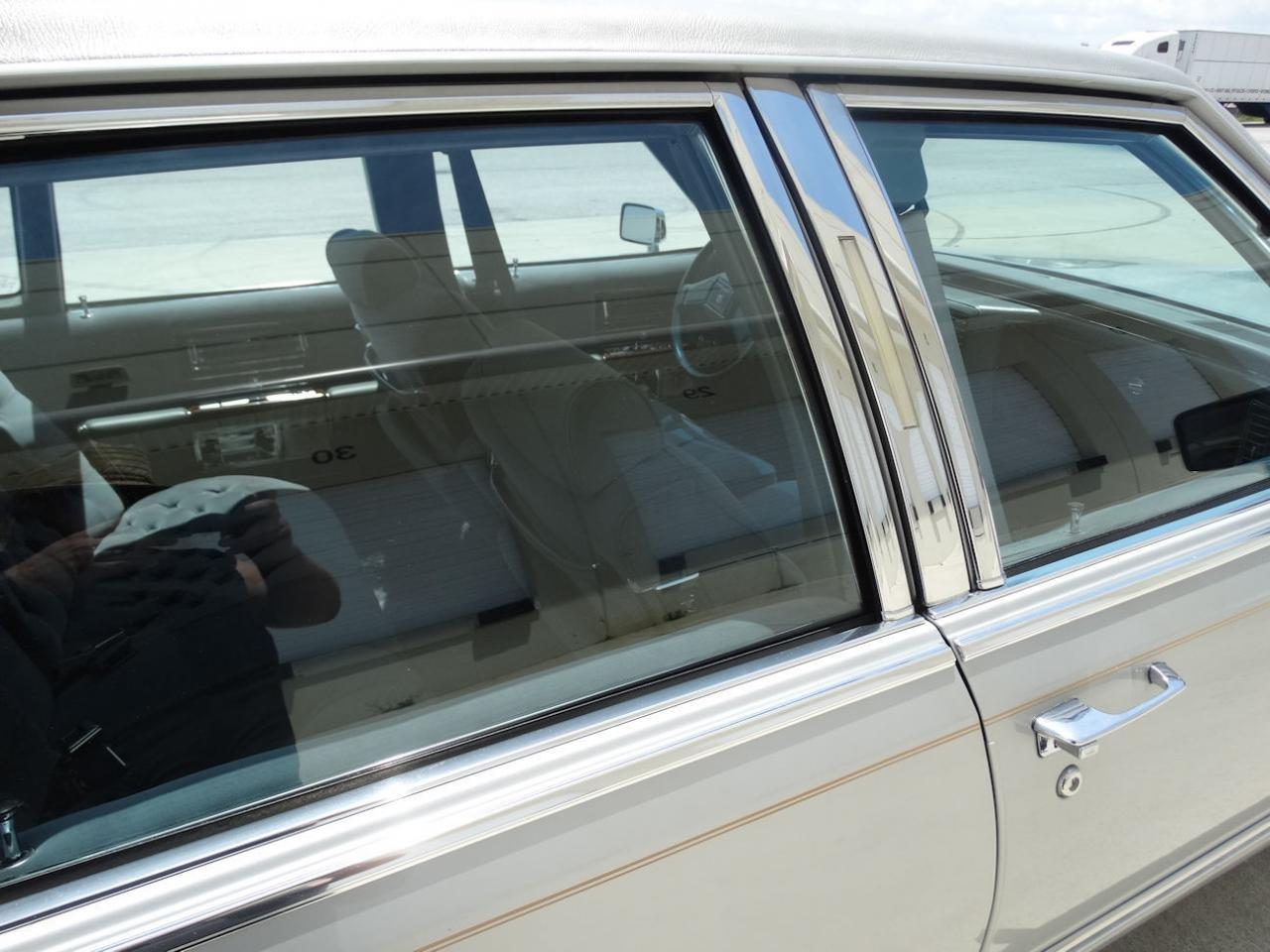 Large Picture of 1990 Brougham located in Florida - L2WV