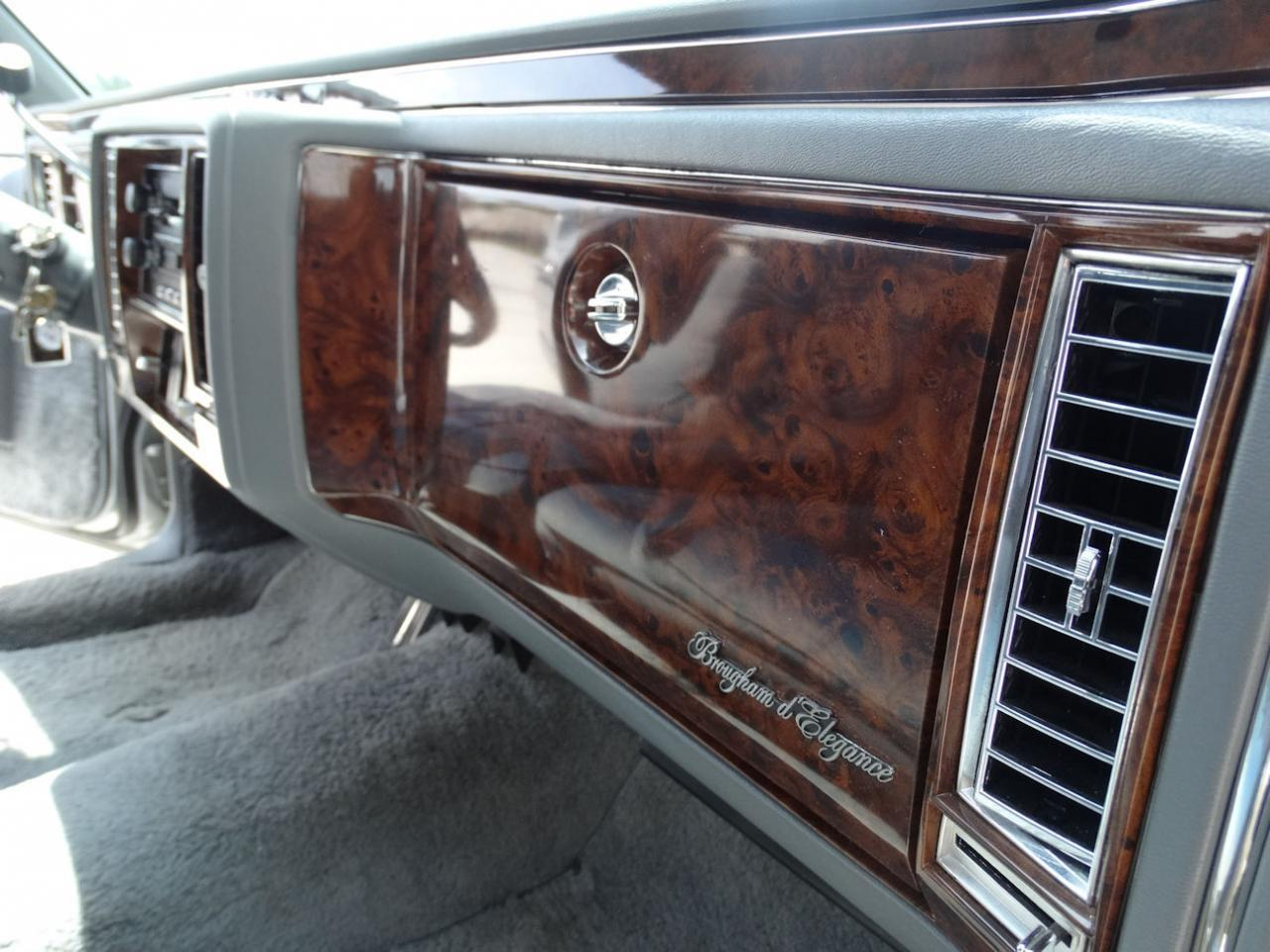 Large Picture of 1990 Cadillac Brougham located in Florida - L2WV
