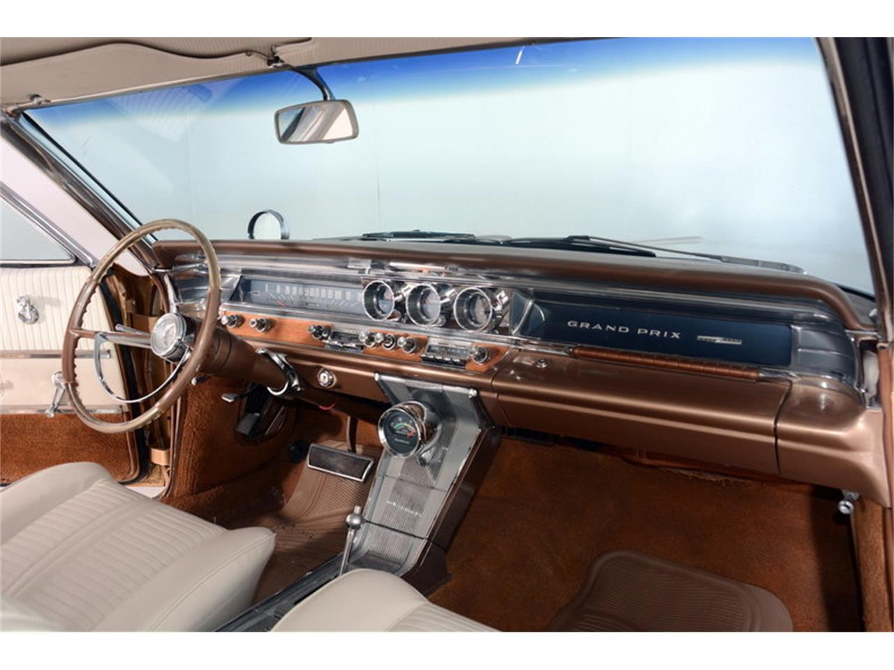 Large Picture of Classic 1963 Pontiac Grand Prix located in Illinois - L30D